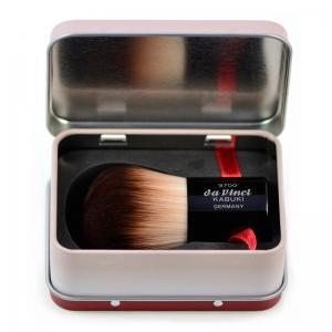 KABUKI powder brush with smooth synthetic fibres 9700