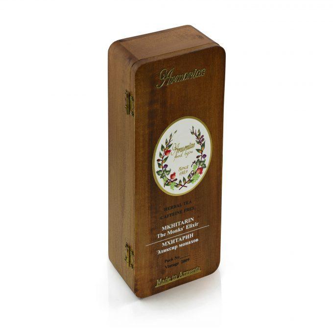 Armeniac Mkhitarin – 100% naturalna, dzika, sypana herbata ziołowa w drewnianym pudełku, 50 g
