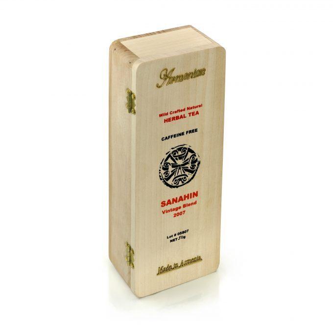 Armeniac Sanahin – 100% naturalna, dzika, sypana herbata ziołowa w drewnianym pudełku, 50 g